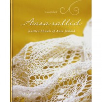 Knitted Shawls of Aasa Joelaid